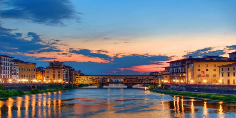 Florence by Night Walking Tour - private tour