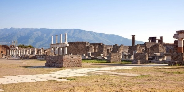 From Sorrento - Pompeii Tour with Pizza Lunch – small group tour