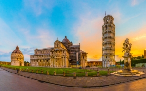 Pisa and Lucca  - private day tour from Florence