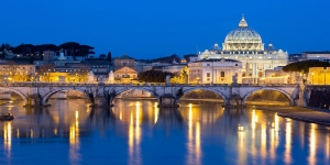 Best of Rome Evening Walking Tour with Wine & Appetizers - small group tour