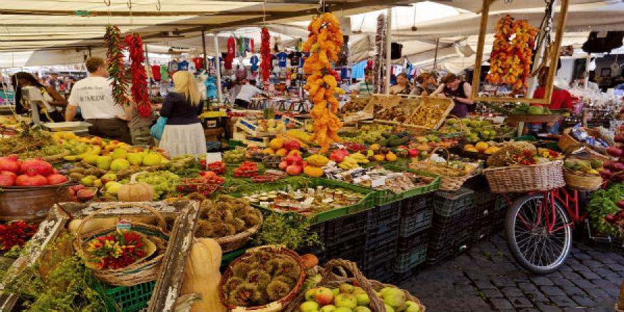 Trastevere Market and Foodies Walking Tour - small group tour