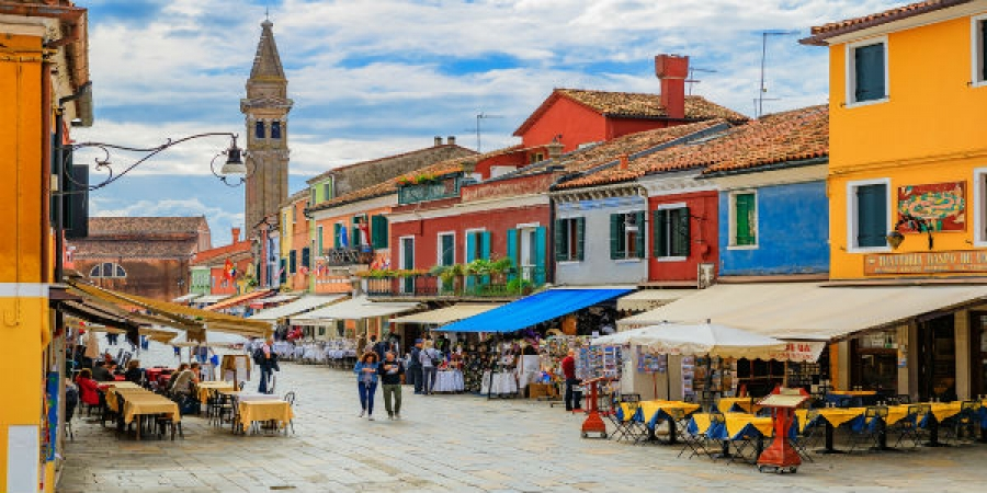 VIP Venetian Islands: Murano, Burano & Torcello by Private Water Taxi - small group tour