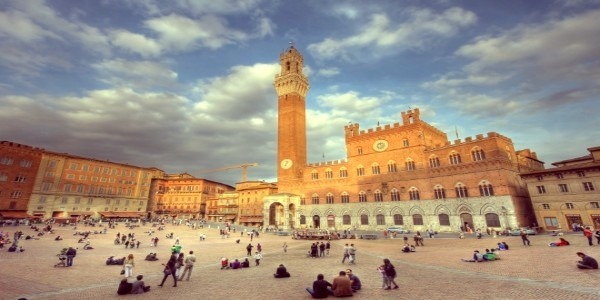 VIP Siena and San Gimignano day tour from Florence with dinner - small group tour